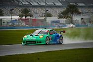 #17 Falken Tire Porsche 991 RSR: Wolf Henzler, Bryan Sellers, Patrick Long