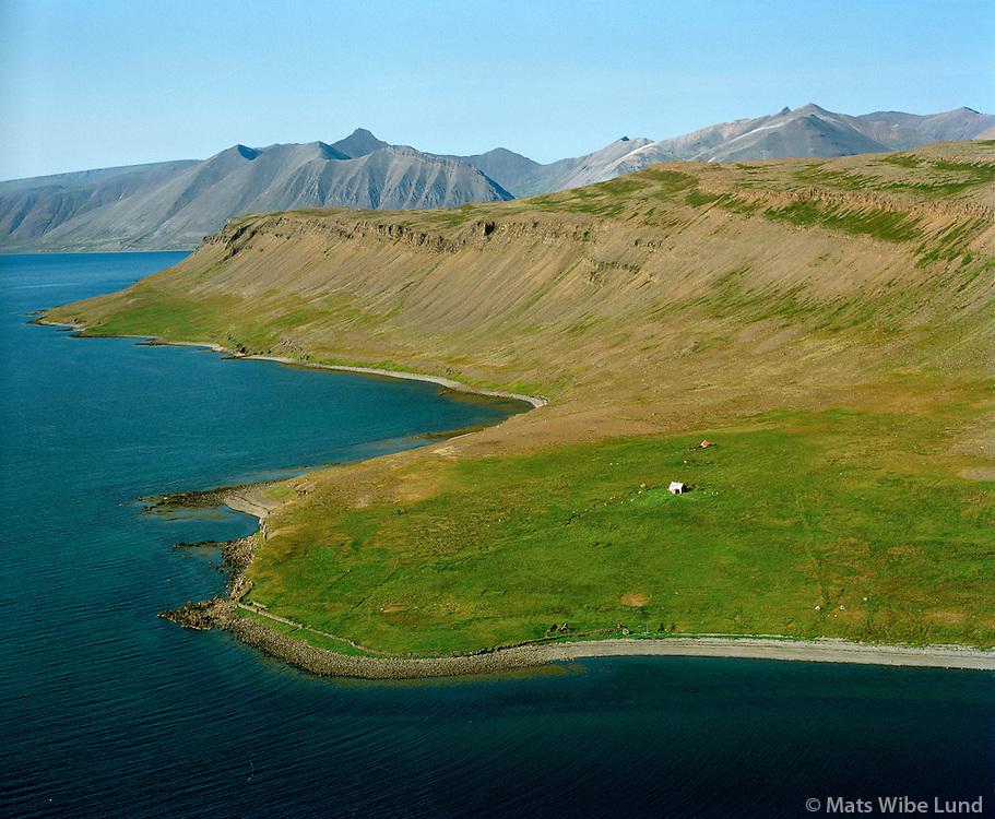 Steinanes séð til norðurs, Vesturbyggð áður Suðurfjarðarhreppur / Steinanes viewing north, Vesturbyggd former Sudurfjardarhreppur