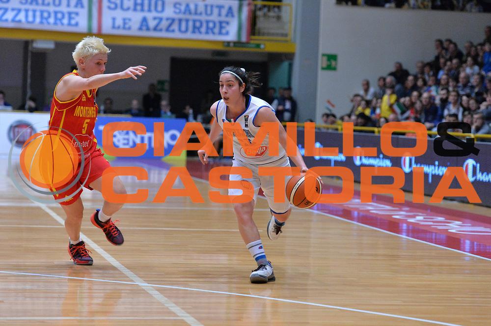 DESCRIZIONE : Schio Nazionale Italia Femminile Qualificazione Europeo Femminile 2017 Italia Montenegro Italy Montenegro<br /> GIOCATORE : Francesca Dotto<br /> CATEGORIA : Palleggio<br /> SQUADRA : Italia Italy<br /> EVENTO : Qualificazione Europeo Femminile 2017<br /> GARA : Italia Montenegro Italy Montenegro<br /> DATA : 20/02/2016 <br /> SPORT : Pallacanestro<br /> AUTORE : Agenzia Ciamillo/M.Gregolin<br /> Galleria : FIP Nazionali 2016<br /> Fotonotizia : Schio Nazionale Italia Femminile Qualificazione Europeo Femminile 2017 Italia Montenegro Italy Montenegro