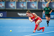 Laura Unsworth. England v The Netherlands, Lee Valley Hockey and Tennis Centre, London, England on 11 June 2017. Photo: Simon Parker