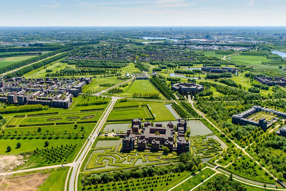 Nederland, Noord-Brabant, Den Bosch, 13-05-2019; De Haverleij, landschappelijke woonwijk met als achterliggend idee landgoed-stijl met kastelen. Stedenbouwkundig ontwerp Sjoerd Soeters en Pail van Beek.<br /> <br /> De Haverleij, a residential neighborhood in estate style with castles.<br /> luchtfoto (toeslag op standard tarieven);<br /> aerial photo (additional fee required);<br /> copyright foto/photo Siebe Swart