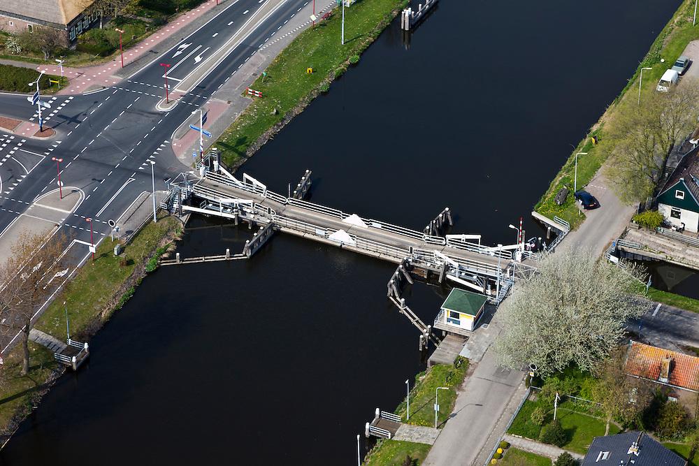 Nederland, Noord-Holland, Gemeente Zijpe, 28-04-2010; Sint Maartensvlotbrug, vlotbrug in het Noordhollandsch Kanaal..Floating bridge..luchtfoto (toeslag), aerial photo (additional fee required).foto/photo Siebe Swart