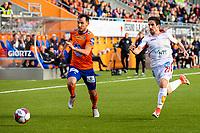 1. divisjon fotball 2018: Aalesund - Levanger (4-0). Aalesunds Nikola Tkalcic (t.v.) og Adrià Mateo López i løpsduell i kampen i 1. divisjon i fotball mellom Aalesund og Levanger på Color Line Stadion.
