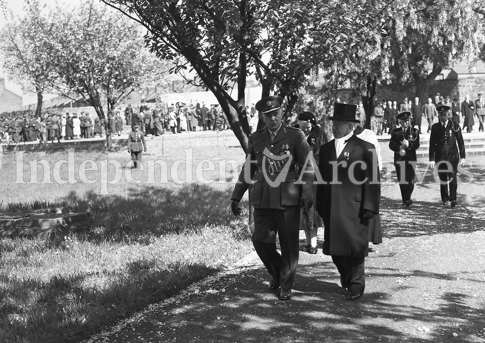 R1945<br /> On May 6, 1959, a 1916 Commemoration ceremony was held at Arbor Hill. It was attended by the President and the Taosieach, as well as 500 troops of the 2nd Brigade. After the Mass a procession moved to the Memorial at the back of the church where the Benedictus was chanted by the clergy, the Last Post sounded and De Profundis was recited, after which the Tricolour was flown at full mast. <br /> (Part of the Independent Newspapers Ireland/NLI Collection)