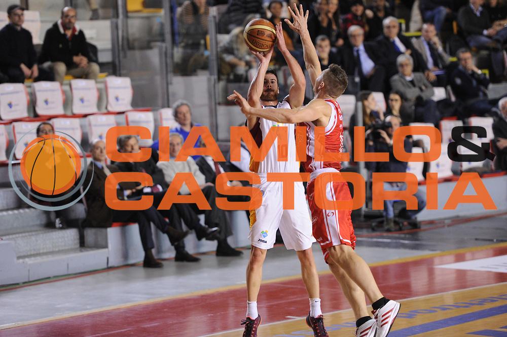 DESCRIZIONE : Roma Lega A 2014-15 Acea Roma Grissin Bon Reggio Emilia<br /> GIOCATORE : Lorenzo D'Ercole<br /> CATEGORIA : tiro<br /> SQUADRA : Acea Roma<br /> EVENTO : Campionato Lega A 2014-2015<br /> GARA : Acea Roma Grissin Bon Reggio Emilia<br /> DATA : 16/03/2015<br /> SPORT : Pallacanestro <br /> AUTORE : Agenzia Ciamillo-Castoria/G.Masi<br /> Galleria : Lega Basket A 2014-2015<br /> Fotonotizia : Roma Lega A 2014-15 Acea Roma Grissin Bon Reggio Emilia