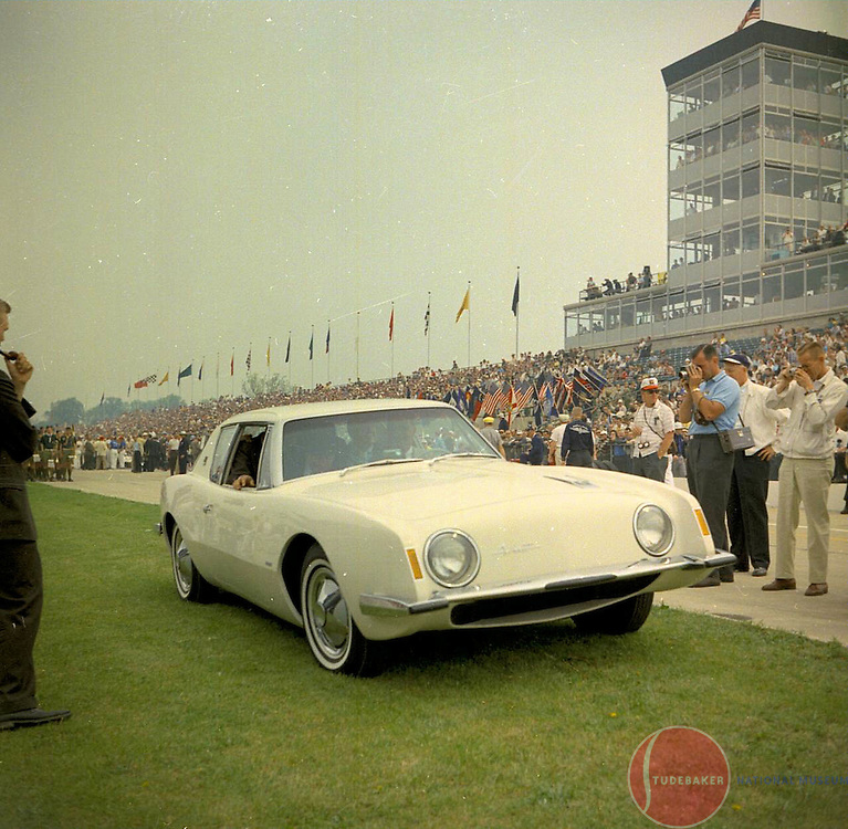 Studebaker Avanti at 1962 Indianapolis 500.