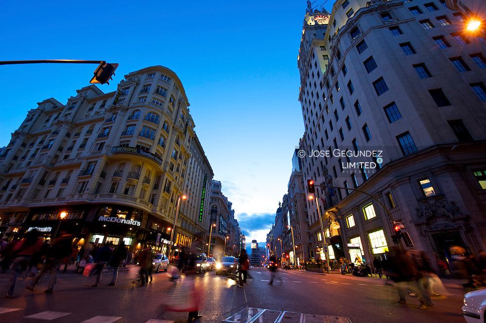 Gran Via, un siglo de historia<br /> <br /> Gran Via, 100 years of history