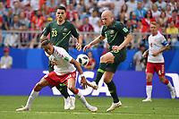 Yussuf Yurary POULSEN (DEN), Aktion,Zweikampf gegen Aaron MOOY (AUS). Hi:Tom ROGIC (AUS). Daenemark (DEN) - Australien (AUS) 1-1, Vorrunde, Gruppe C, Spiel 22, am 21.06.2018 in Samara,Samara Arena. Fussball Weltmeisterschaft 2018 in Russland vom 14.06. - 15.07.2018. *** Yussuf Yurary POULSEN TO THE FIGHT AGAINST Aaron MOOY OUT Hi Tom ROGIC FROM DENMARK THE AUSTRIA AUS 1 1 Preliminary Group C Match 22 on 21 06 2018 in Samara Samara Arena Soccer World Cup 2018 in Russia from 14 06 15 07 2018
