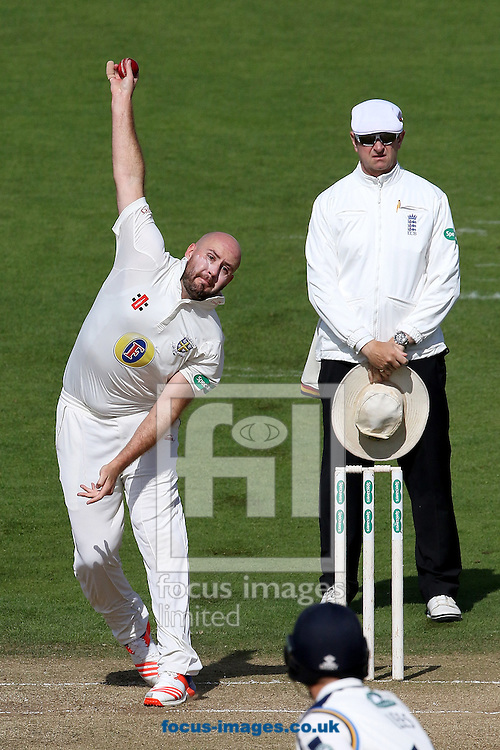 Chris Rushworth of Durham CCC in bowling action during the Specsavers County C'ship Div One match at Headingley Carnegie Cricket Ground, Headingley<br /> Picture by Robert Smith/Focus Images Ltd 07837 882029<br /> 08/09/2016