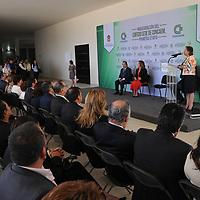 TOLUCA, México, (Septiembre 12, 2017).- María de Lourdes Medina Ortega, presidenta del Consejo de Cámaras y Asociaciones Empresariales del Estado de México (CONCAEM), encabezó la inauguración de la primer etapa del que será el edificio sede a un costado de las instalaciones del C5 de la capital mexiquense. Agencia MVT / Arturo Hernández.