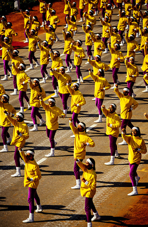 """""""Fit Nation"""", girls of Queen Mary School, Republic Day Parade, Rajpath, New Delhi, India"""