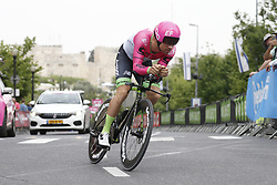 May 4, 2018 - Jerusalem, ISRAEL - Belgian Tom van Asbroeck of EF Education First - Drapac Cannondale pictured in action during the first stage of the 101st edition of the Giro D'Italia cycling tour, an individual time trial (9,7km) in Jerusalem, Israel, Friday 04 May 2018...BELGA PHOTO YUZURU SUNADA FRANCE OUT (Credit Image: © Yuzuru Sunada/Belga via ZUMA Press)