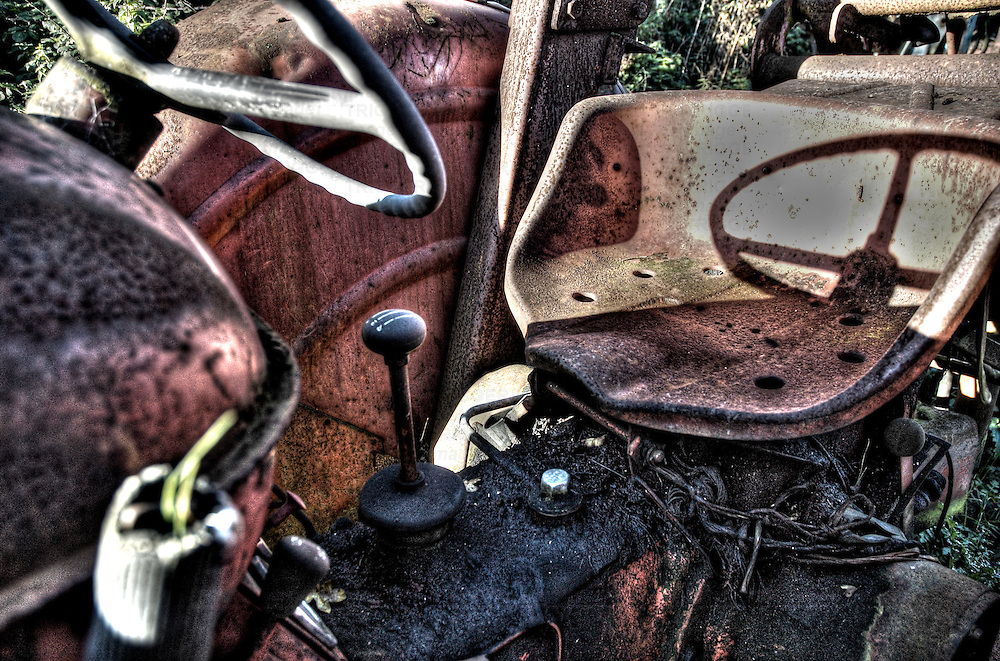 An old rusting tractor
