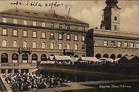 Zagreb : Dolac. Tržnica. <br /> <br /> ImpresumS. l. : [S. n., 1932].<br /> Materijalni opis1 razglednica : tisak ; 8,9 x 13,8 cm.<br /> Vrstavizualna građa • razglednice<br /> ZbirkaGrafička zbirka NSK • Zbirka razglednica<br /> Formatimage/jpeg<br /> PredmetZagreb –– Dolac<br /> SignaturaRZG-DOL-3<br /> Obuhvat(vremenski)20. stoljeće<br /> NapomenaRazglednica je putovala 1932. godine.<br /> PravaJavno dobro<br /> Identifikatori000952547<br /> NBN.HRNBN: urn:nbn:hr:238:351442 <br /> <br /> Izvor: Digitalne zbirke Nacionalne i sveučilišne knjižnice u Zagrebu