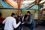 Roma 6 Dicembre 2015<br /> Chiude il centro per migranti Baobab in Via Cupa, gestito da volontari che in questi mesi, da giugno a oggi, ha accolto più di 30mila migranti provenienti da Etiopia, Somalia ed Eritrea. La chiusura dello stabile è stata imposta dal Comune di Roma per motivi amministrativi.<br /> Rome December 6, 2015<br /> Closes the center for migrants Baobab in Via Cupa, run by volunteers who in recent months, from June to today, has received more than 30 thousand migrants from Ethiopia, Somalia and Eritrea. The closure of the building has been imposed by the city of Rome for administrative reasons.