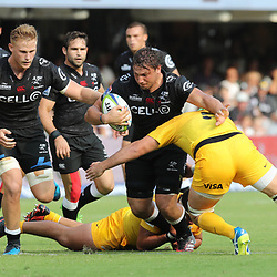 DURBAN, SOUTH AFRICA - APRIL 08: Matias Alemanno of the Jaguares looks to tackle Etienne Oosthuizen of the Cell C Sharks during the Super Rugby match between Cell C Sharks and Jaguares at Growthpoint Kings Park on April 08, 2017 in Durban, South Africa. (Photo by Steve Haag/Gallo Images)