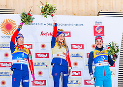 23.02.2019, Langlauf Arena, Seefeld, AUT, FIS Weltmeisterschaften Ski Nordisch, Seefeld 2019, Skiathlon, Damen, 15km, Flower Zeremonie, im Bild v.l. Bronzemedaillengewinnerin Natalia Nepryaeva (RUS), Weltmeisterin und Goldmedaillengewinnerin Therese Johaug (NOR), Silbermedaillengewinnerin Ingvild Flugstad Oestberg (NOR) // f.l. Bronce medalist Natalia Nepryaeva of Russian Federation World champion and Gold medalist Therese Johaug of Norway and Silver medalist Ingvild Flugstad Oestberg of Norway during the Flowers ceremony for the ladie's 15km Skiathlon competition of the FIS Nordic Ski World Championships 2019. Langlauf Arena in Seefeld, Austria on 2019/02/23. EXPA Pictures © 2019, PhotoCredit: EXPA/ Stefan Adelsberger