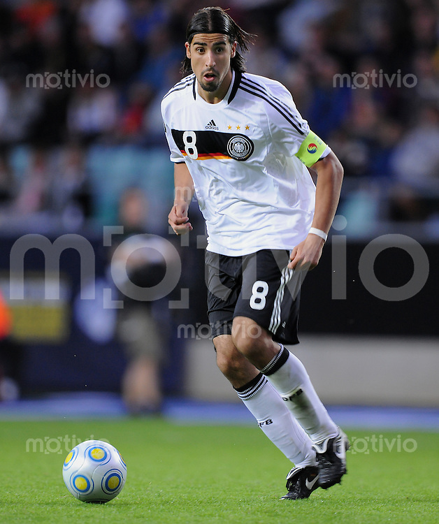 Fussball  International U 21 Europameisterschaft 2009 Spanien - Deutschland Sami Khedira (GER) am Ball