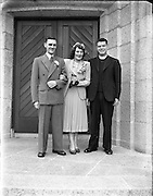 01/09/1952<br /> 09/01/1952<br /> 01 January 1952<br /> Wedding of Mr. P. O'Loughlin and Miss J. Nixon, 39 Ferguson Road, Drumcondra, at Corpus Christi and 39 Ferguson Road.