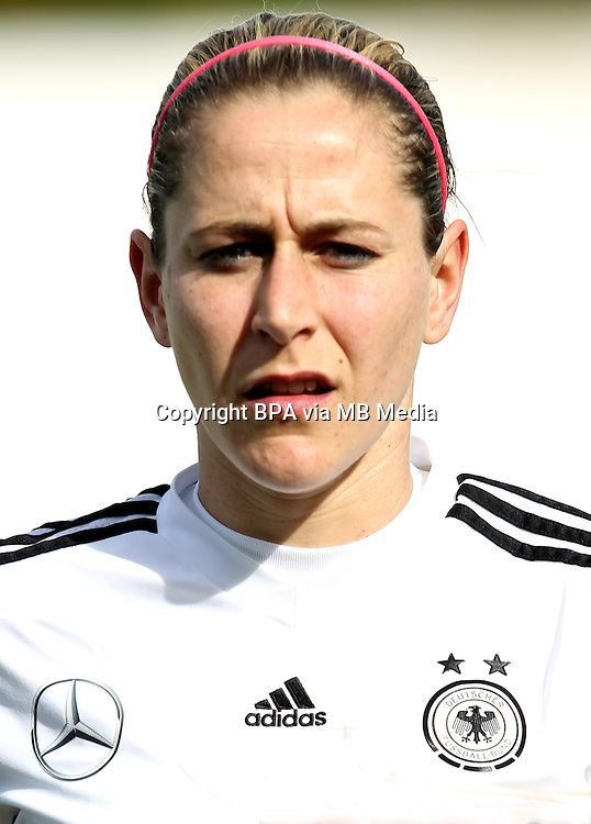 Fifa Womans World Cup Canada 2015 - Preview //<br /> Algarve Cup 2015 Tournament ( Vila Real San Antonio Sport Complex - Portugal ) - <br /> Germany vs Sweden 2-4   - Anna Bl&auml;sse of Germany