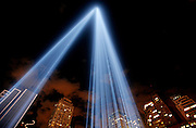 "9.11.blog, nws, lynn, 14.-The ""Tribute in Light"" beams shine high into the lower Manhattan sky on the 5th anniversary of the September 11 terrorists attack.  Each tower of light consists of 44 7,000 watt Xenon laps there two towers of light totaling 88 lights in all.  The lights will shine all night tonight on the 5th anniversary.  Photo by Tom Lynn/TLYNN@JOURNALSENTINEL.COM"