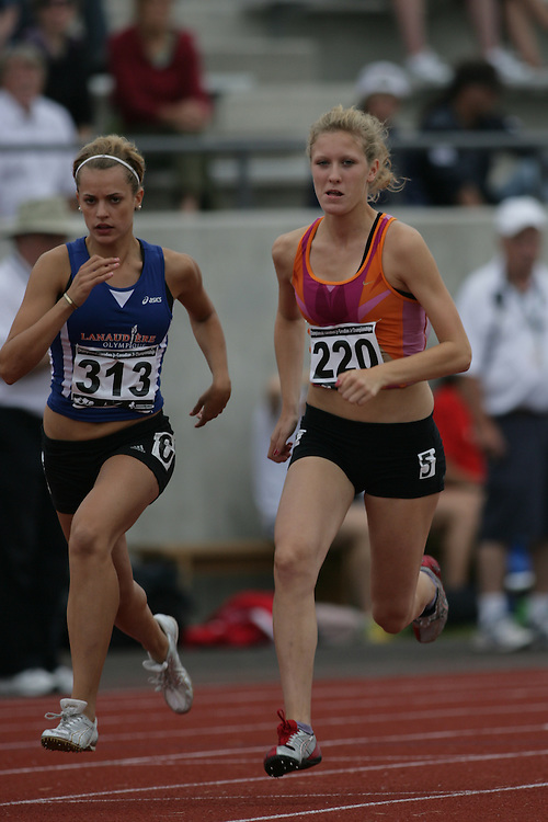 (Charlottetown, Prince Edward Island -- 20090718) Shannon Kennedy of Disassociated competes in the 800m heats at the 2009 Canadian Junior Track & Field Championships at UPEI Alumni Canada Games Place on the campus of the University of Prince Edward Island, July 17-19, 2009.  Copyright Sean Burges / Mundo Sport Images , 2009...Mundo Sport Images has been contracted by Athletics Canada to provide images to the media.