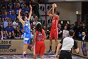 DESCRIZIONE : Campionato 2014/15 Serie A Beko Semifinale Playoff Gara4 Dinamo Banco di Sardegna Sassari - Olimpia EA7 Emporio Armani Milano<br /> GIOCATORE : MarShon Brooks<br /> CATEGORIA : Tiro Tre Punti Three Point Controcampo<br /> SQUADRA : Olimpia EA7 Emporio Armani Milano<br /> EVENTO : LegaBasket Serie A Beko 2014/2015 Playoff<br /> GARA : Dinamo Banco di Sardegna Sassari - Olimpia EA7 Emporio Armani Milano Gara4<br /> DATA : 04/06/2015<br /> SPORT : Pallacanestro <br /> AUTORE : Agenzia Ciamillo-Castoria/L.Canu<br /> Galleria : LegaBasket Serie A Beko 2014/2015