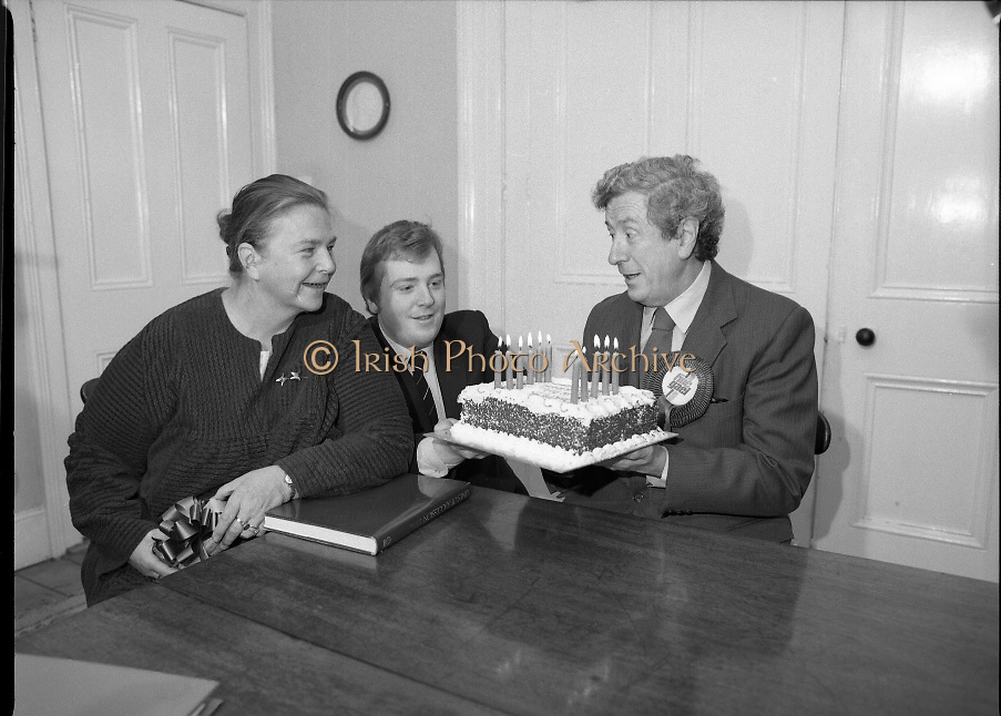Garret Fitzgerald Birthday.1982.09.02.1982..02.09.1982..9th February 1982.Garret Fitzgerald celebrates his 56th birthday..Photograph of Garret ,his wife Joan and son, Mark as they take time to clebrate his birthday at their Palmerstown home.     .