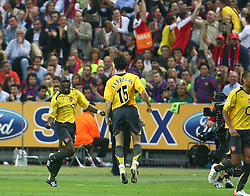 PARIS, FRANCE - WEDNESDAY, MAY 17th, 2006: Arsenal's Sol Campbell celebrates scoring the opening goal with a header against FC Barcelona during the UEFA Champions League Final at the Stade de France. (Pic by David Rawcliffe/Propaganda)