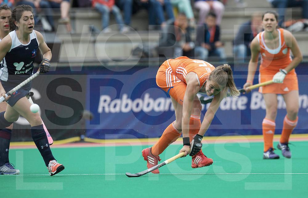 ROTTERDAM - Hock World League Semi Final Women<br /> Netherlands v Chile<br /> foto: Sabine Mol goal.<br /> FFU PRESS AGENCY COPYRIGHT FRANK UIJLENBROEK