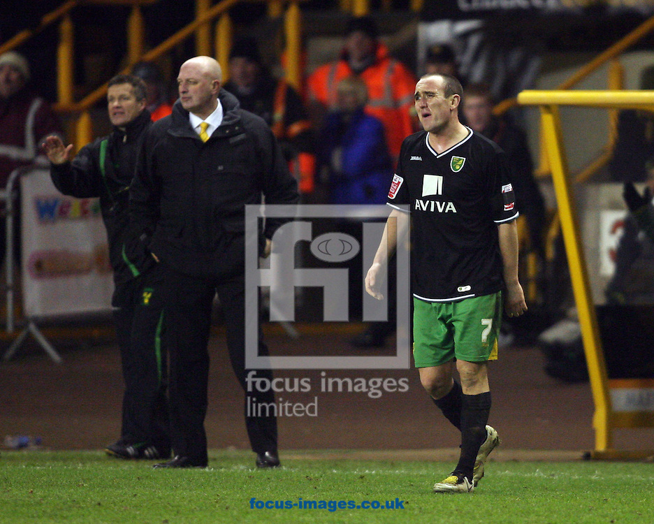 Wolverhampton - Tuesday February 3rd, 2009: Bryan Gunn and Lee Croft of Norwich City during the Coca Cola Championship match at Molineaux, Wolverhampton. (Pic by Chris Ratcliffe/Focus Images)