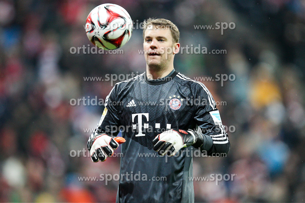 27.02.2015, Allianz Arena, Muenchen, GER, 1. FBL, FC Bayern Muenchen vs 1. FC K&ouml;ln, 23. Runde, im Bild Manuel Neuer #1 (FC Bayern Muenchen) spielt mit dem Ball // during the German Bundesliga 23rd round match between FC Bayern Munich and 1. FC K&ouml;ln at the Allianz Arena in Muenchen, Germany on 2015/02/27. EXPA Pictures &copy; 2015, PhotoCredit: EXPA/ Eibner-Pressefoto/ EXPA/ Kolbert<br /> <br /> *****ATTENTION - OUT of GER*****