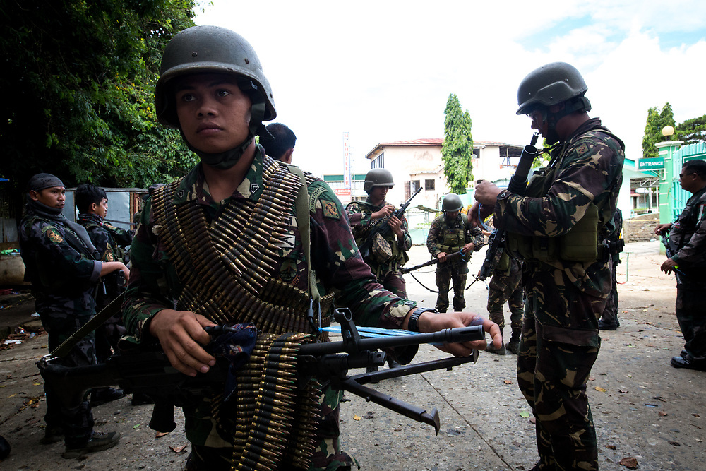 MARAWI, PHILIPPINES - JUNE 6: Government troops is seen before search operation of firearms and explosives inside a restricted area of Marawi City in Southern Philippines, June 6, 2017. (Photo: Richard Atrero de Guzman/NUR Photo)