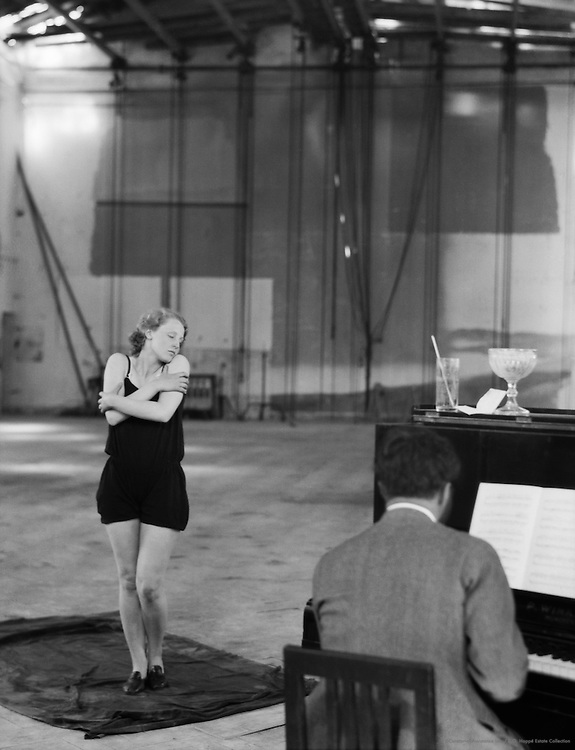 Brigitte Helm, actress rehearsing with piano at UFA Studios, 1928