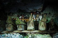 Indonesia, Sulawesi, Tana Toraja. Tampang Allo burial cave.<br />