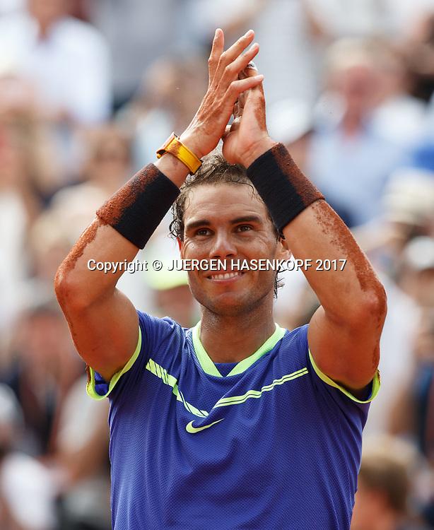 RAFAEL NADAL (ESP) jubelt nach seinem Sieg,Jubel,Freude,Emotion<br /> <br /> Tennis - French Open 2017 - Grand Slam / ATP / WTA / ITF -  Roland Garros - Paris -  - France  - 11 June 2017.