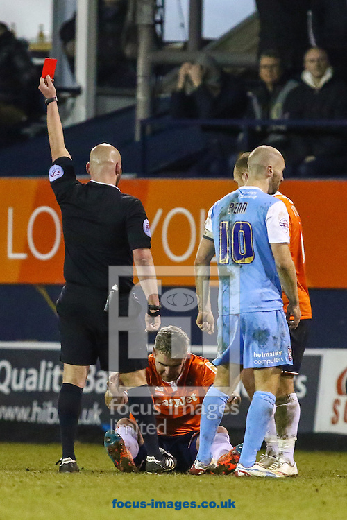 Steve McNulty of Luton Town (2nd left) is sent off during the Sky Bet League 2 match at Kenilworth Road, Luton<br /> Picture by David Horn/Focus Images Ltd +44 7545 970036<br /> 10/02/2015
