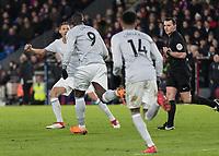 Football - 2017 / 2018 Premier League - Crystal Palace vs. Manchester United<br /> <br /> Romelu Lukaku (Manchester United) runs back to the half way line after scoring the equalizer at Selhurst Park.<br /> <br /> COLORSPORT/DANIEL BEARHAM