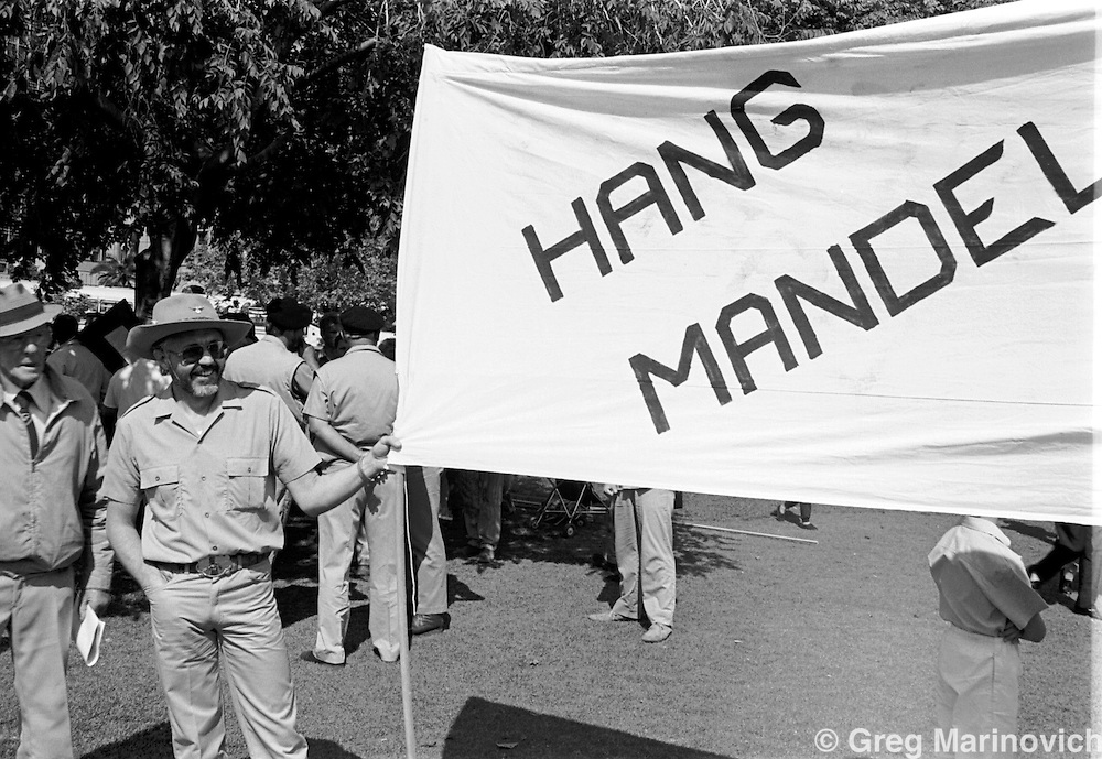 SOUTH AFRICA Sept 23, 1989: Right-wing Afrikaners at Church Square in downtown Pretoria, northern Transvaal (now Limpopo Province)  (Photo by Greg Marinovich)