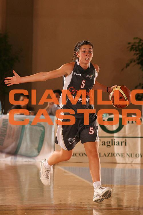 DESCRIZIONE : Cagliari Lega A1 Femminile 2006-07 Prima Giornata Pasta Ambra Taranto Carispe La Spezia <br /> GIOCATORE : Corradini Licia<br /> SQUADRA : Carispe La Spezia <br /> EVENTO : Campionato Lega A1 2006-2007 <br /> GARA : Pasta Ambra Taranto Carispe La Spezia <br /> DATA : 07/10/2006 <br /> CATEGORIA : <br /> SPORT : Pallacanestro <br /> AUTORE : Agenzia Ciamillo-Castoria/S.D''Errico