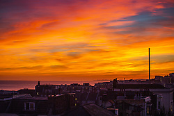 September 29, 2018 - Brighton, East Sussex, United Kingdom - Brighton, UK. A colourful sky as the sun sets over Brighton and Hove. (Credit Image: © Hugo Michiels/London News Pictures via ZUMA Wire)