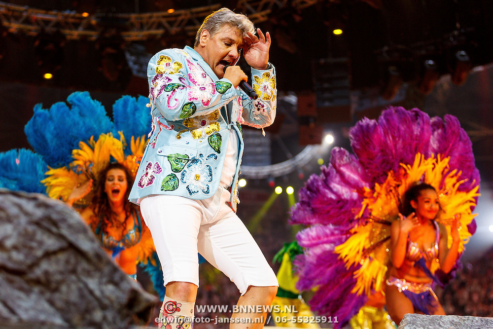 NLD/Amsterdam/20150530 - Toppers concert 2015 Crazy Summer edition, Rene Froger