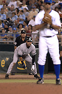 July 24, 2007 - Kansas City, MO..New York Yankees shortstop Derek Jeter lead off first base, as he looks in at Kansas City Royals pitcher David Riske at Kauffman Stadium in Kansas City, Missouri on July 24, 2007...MLB:  The Yankees defeated the Royals 9-4.  .Photo by Peter G. Aiken/Cal Sport Media