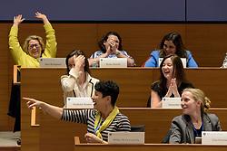 Yale School of Management Executive Education - Women's Leadership Program | Women Leaders and Crisis Management with Jeffrey Sonnenfeld April 19, 2017
