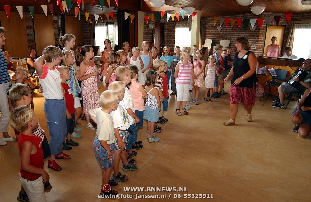 Start Kinder vaklantie bijbelweek in de Meentkerk Huizen