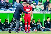 GRONINGEN - 23-10-2016, FC Groningen - AZ, Noordlease Stadion, AZ trainer John van den Brom, AZ speler Alireza Jahanbakhsh