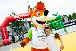 Foksi, maskota OKS, Igrajmo tenis, teniski dogodek za promocijo tenisa med otroki, on May 18, 2019, in BTC, Ljubljana, Slovenia. Photo by Vid Ponikvar / Sportida