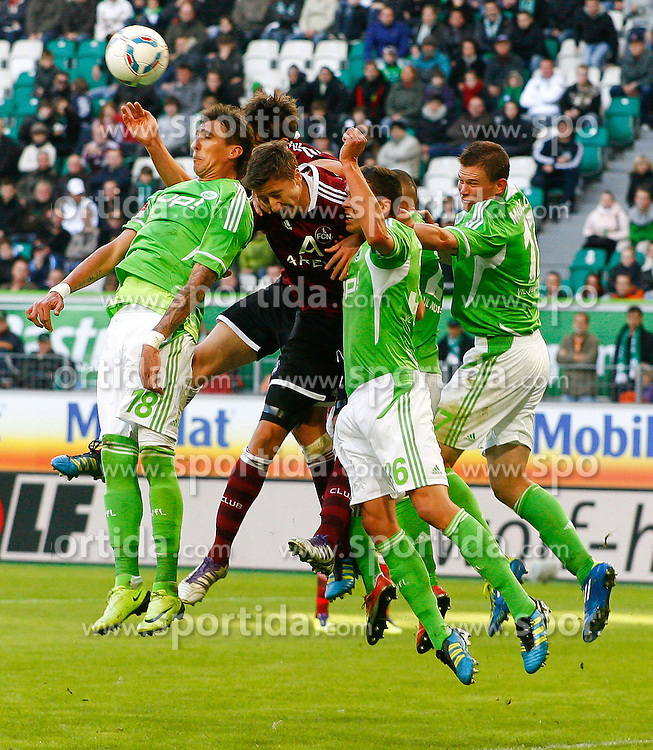 15.10.2011,Volkswagen Arena, Wolfsburg, GER, 1.FBL,VfL Wolfsburg vs 1. FC Nuernberg , im Bild Jens Hegeler (Nuernberg #13) im Kopfballduell mit  Mario Mandzukic (Wolfsburg #18) .// during the match from GER, 1.FBL, VfL Wolfsburg vs 1. FC Nuernberg  on 2011/10/15, Volkswagen Arena, Wolfsburg, Germany..EXPA Pictures © 2011, PhotoCredit: EXPA/ nph/  Schrader       ****** out of GER / CRO  / BEL ******