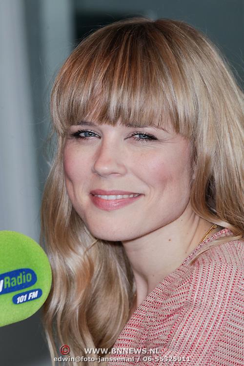 NLD/Naarden/20120529 - Ils de Lange als dj bij Sky Radio,