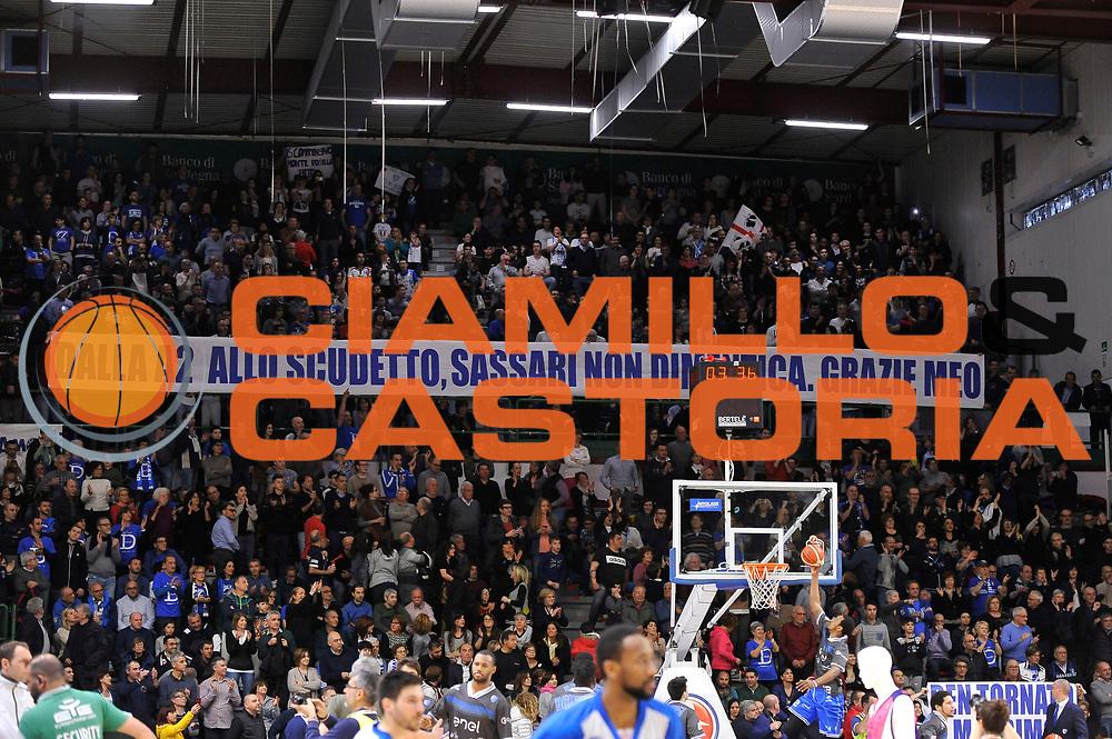 Tifosi Palaserradimigni<br /> Banco di Sardegna Dinamo Sassari - Enel New Basket Brindisi<br /> LegaBasket Serie A LBA Poste Mobile 2016/2017<br /> Sassari 02/04/2017<br /> Foto Ciamillo-Castoria